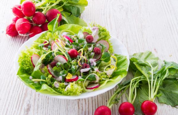 Feldsalat mit Radiesschen